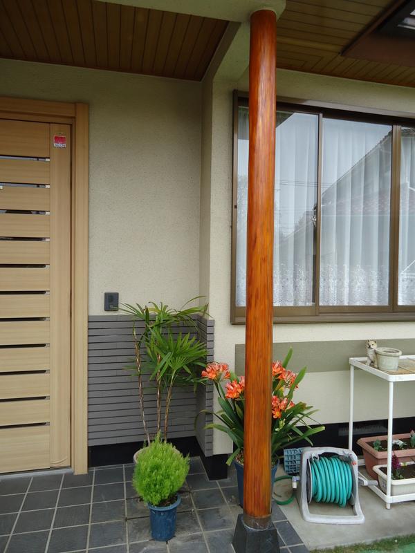玄関まわりの木部塗装