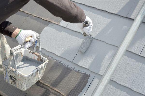 屋根の塗装って必要?屋根塗装の基礎知識と業者の選び方について