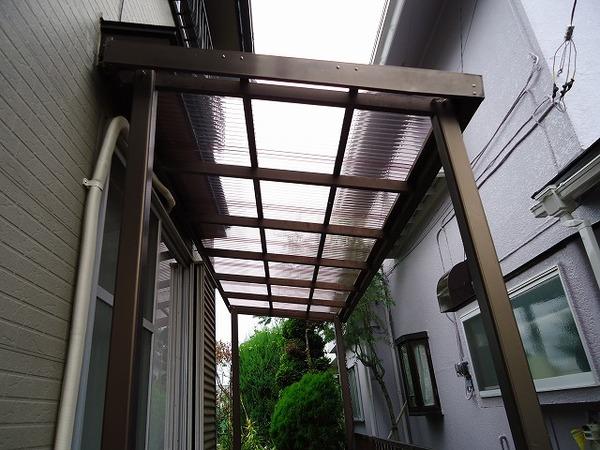 台風の被害の修理